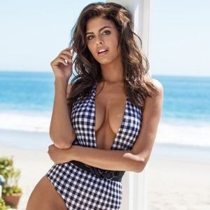 GUESS GINGHAM PLUNGE NECK HALTER TOP SWIMSUIT (S)